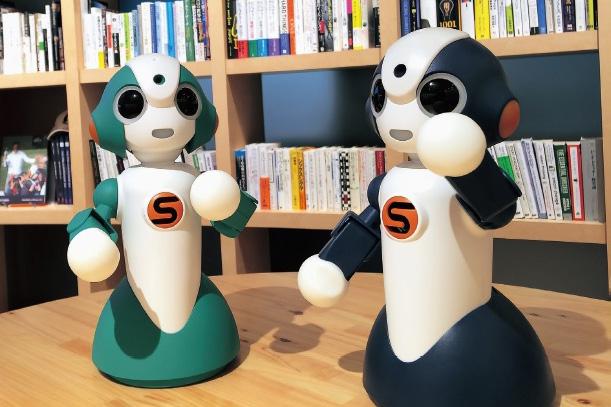 銀行の店舗で窓口業務をサポートするロボット:NTTデータ -『機械設計』2016年11月号より The ROBOTイノベーション×ビジネス