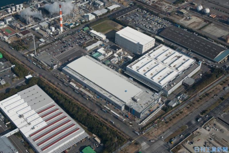 ダイキン、国内外工場のデータ統合 IoT化で停止しない仕組み築く