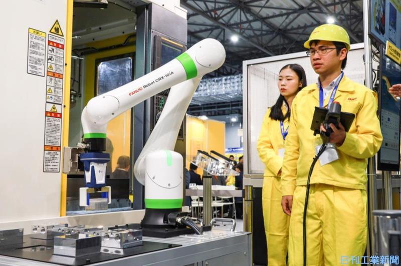 国際ロボット展、開幕 運ぶ・つかむ、モノづくりの未来
