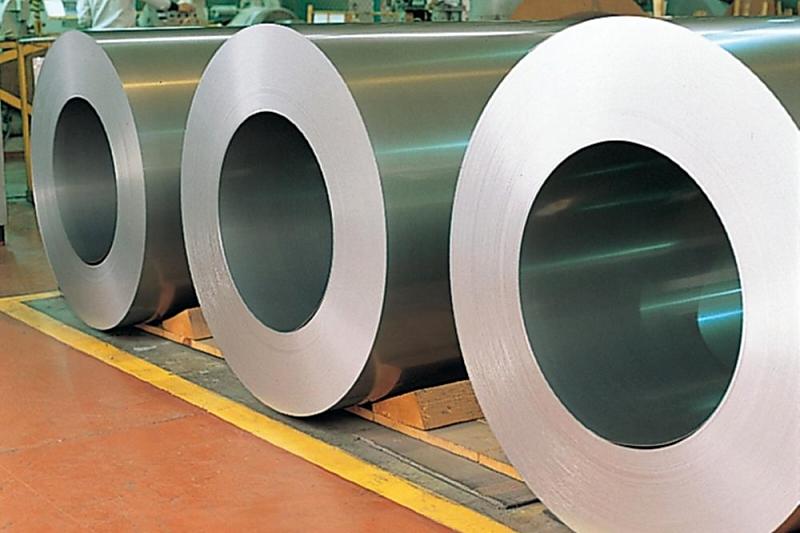 鉄鋼、中国の影濃く 日本に原料高・市況悪化リスク