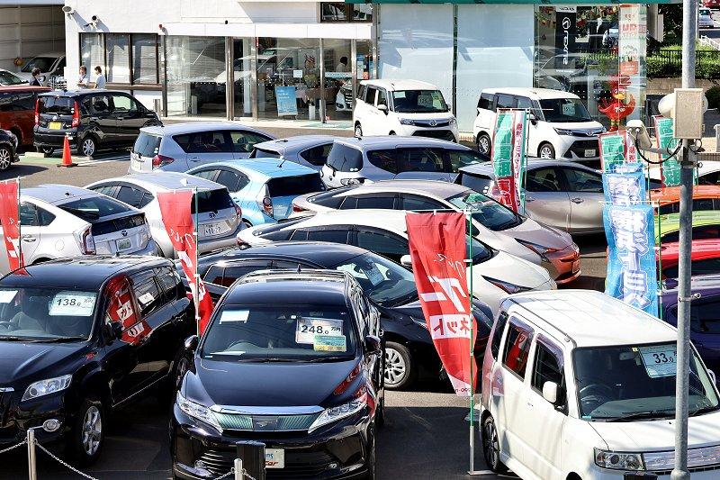 昨年の中古車登録、2年ぶり減 新車販売など不振