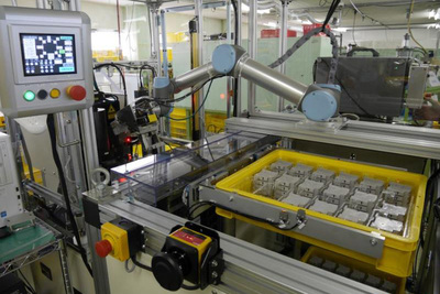 IDEC-協働型ロボで生産体制柔軟に