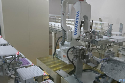 新日本科学-検体容器ラベル貼り効率化