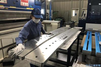 丸十、バリ取り機・洗浄機導入 板金加工の生産性向上