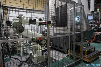兵庫精密工業所、ロボシステムを独自構築 搬入・搬出を自動化