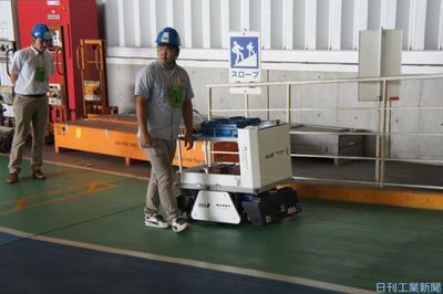 レーザーで位置推定、磁気テープ不要AGV 花岡車輌がANAで実証