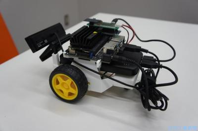 グリーンノート、ミニ自動運転車発売 AI・ロボ学習向け
