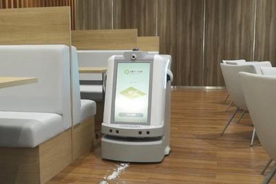 オムロン、複合型サービスロボ開発 1台で清掃・警備・案内