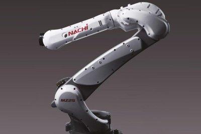 不二越、中・小型ロボ拡充 産業機械・電機取り込み