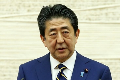 緊急事態宣言/首相が発令 108兆円経済対策と両輪