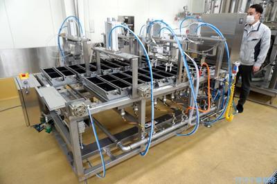 品川工業所、自動卵焼き機発売 焼き上がりはプロ級