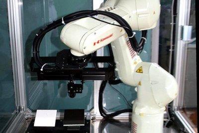 三友工業、AI外観検査システムに新型追加 撮像1枚で傷・汚れ検出