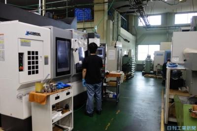 働き方改革(66)ミズノマシナリー 仕事量を平準化