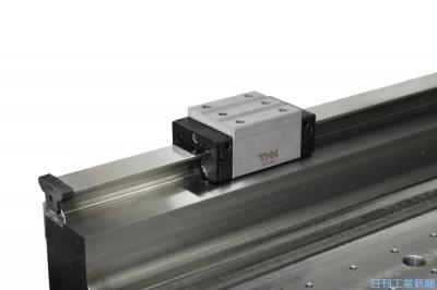 THK、直動機器用防塵カバー 90m巻き取り式