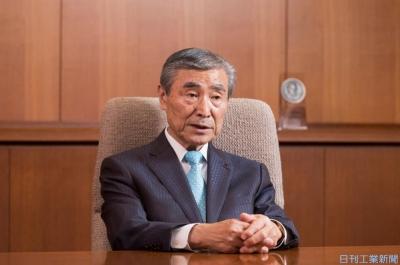 オークマ花木会長が退任 「型破り」デジタル化けん引