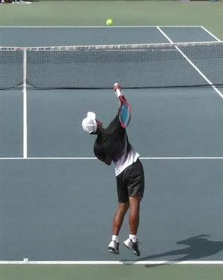 テニス画像をAI学習、ショットの瞬間認識 慶大など
