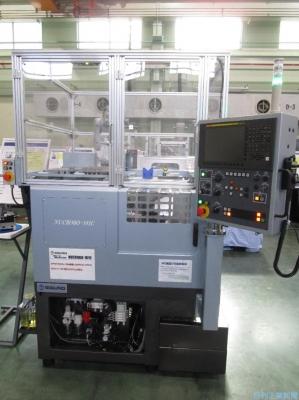 エグロ、省スペース化した高精密小型CNC旋盤開発