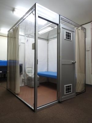 シフトアップ、隔離室事業に参入 組み立て容易で安価