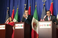 NAFTA再交渉、年内妥結断念 加・メキシコが米に反発